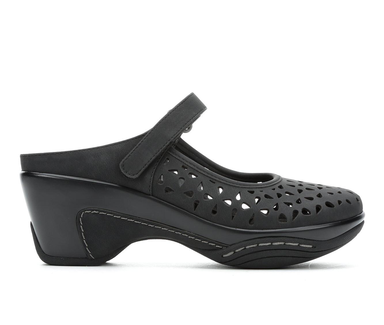 Solanz Vespa Women's Shoe (Black Faux Leather)