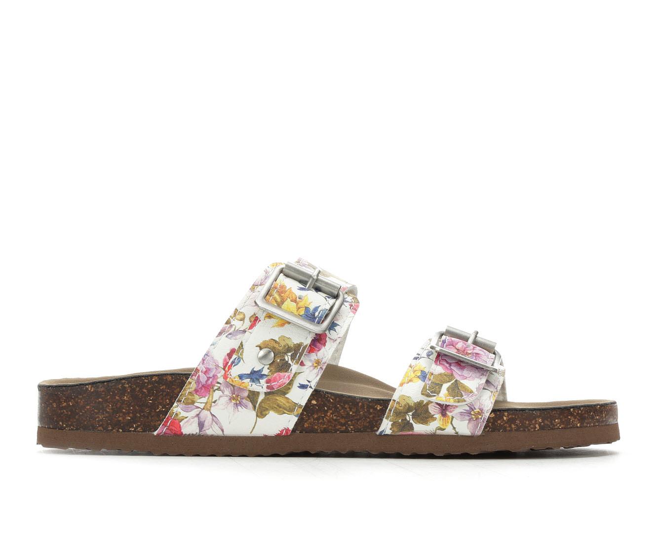 Madden Girl Brando Women's Sandal (White Faux Leather)