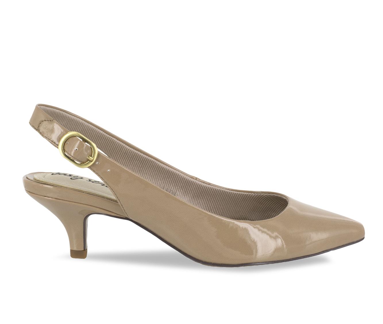 Easy Street Faye Women's Dress Shoe (Beige Faux Leather)