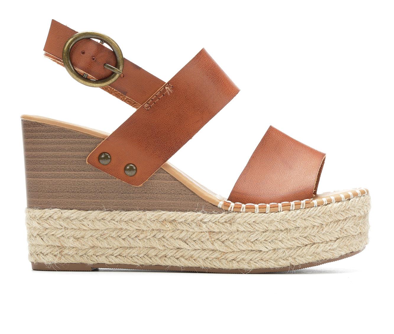 Y-Not Trip Women's Dress Shoe (Brown Faux Leather)