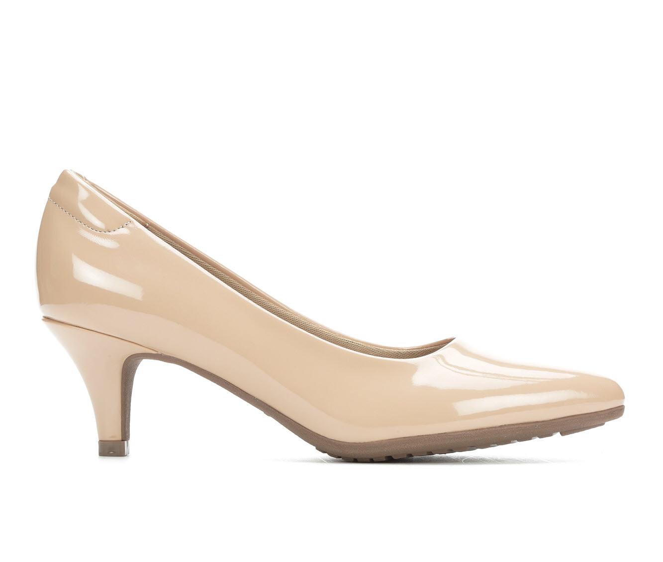 Andiamo Brenda Women's Dress Shoe (Beige Faux Leather)