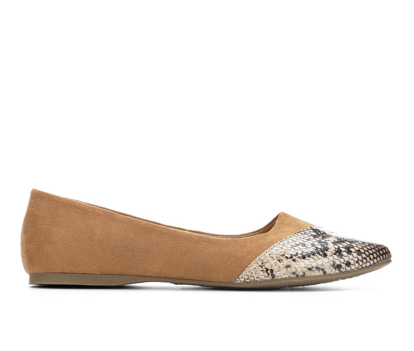 Y-Not Allison Women's Shoe (Beige Faux Leather)