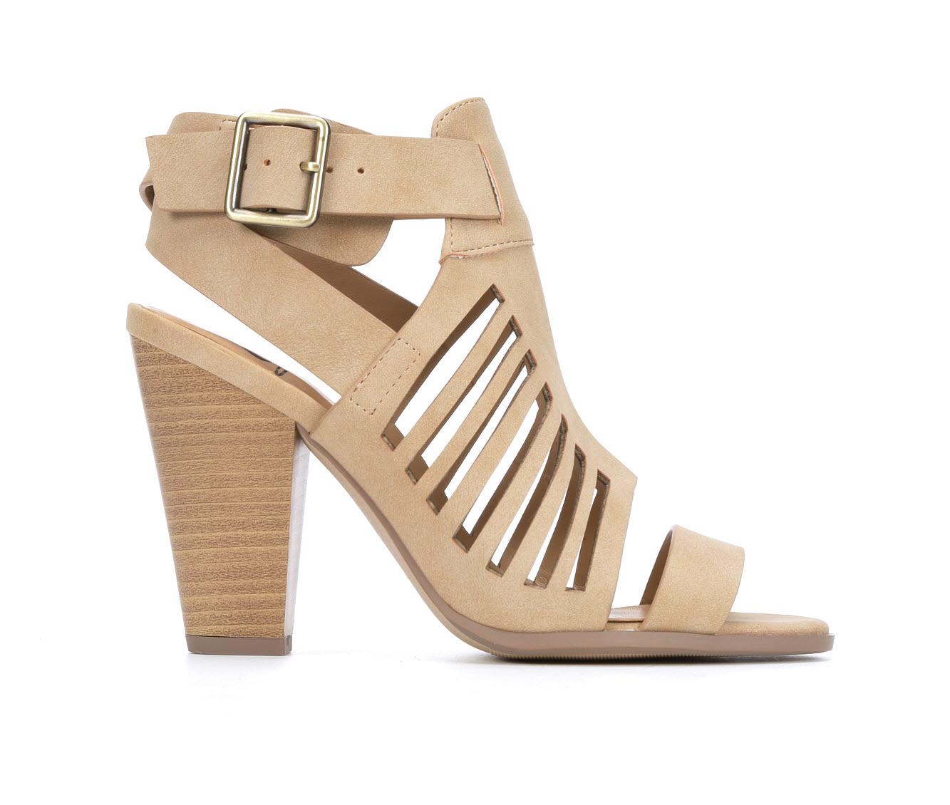 Delicious Yummy Women's Dress Shoe (Beige Faux Leather)