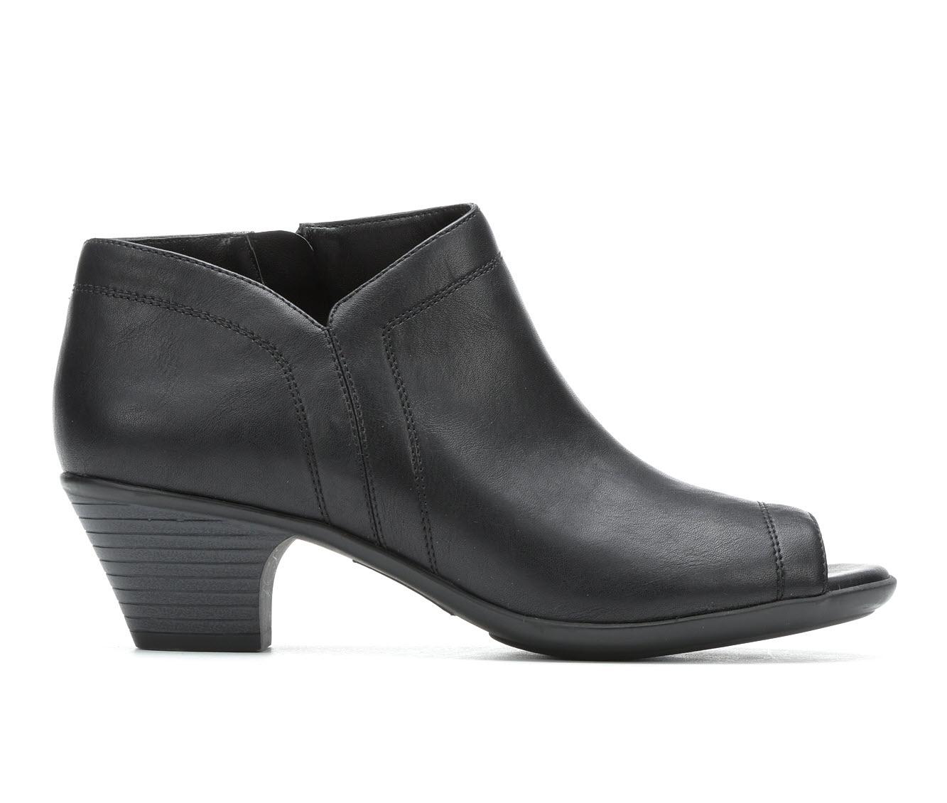 Easy Street Louise Women's Dress Shoe (Black Faux Leather)