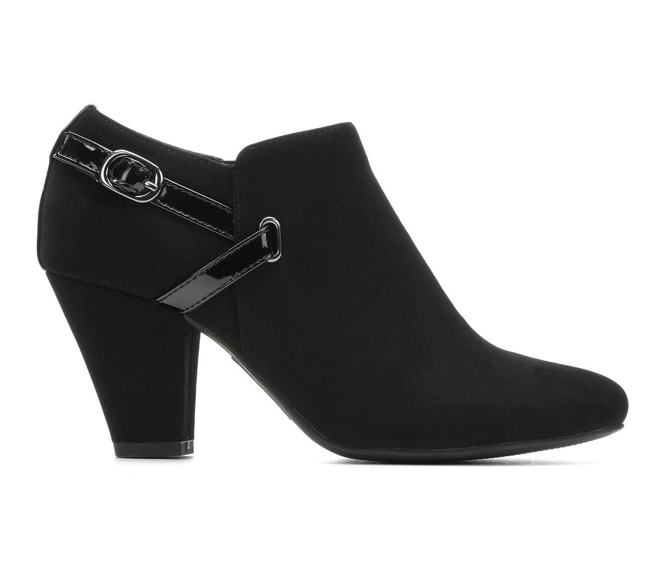 Easy Street FReda Women's Dress Shoe (Black Faux Leather)