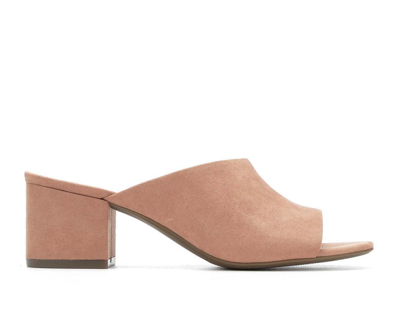 Anne Klein Sport Babs Women's Dress Shoe (Beige Canvas)