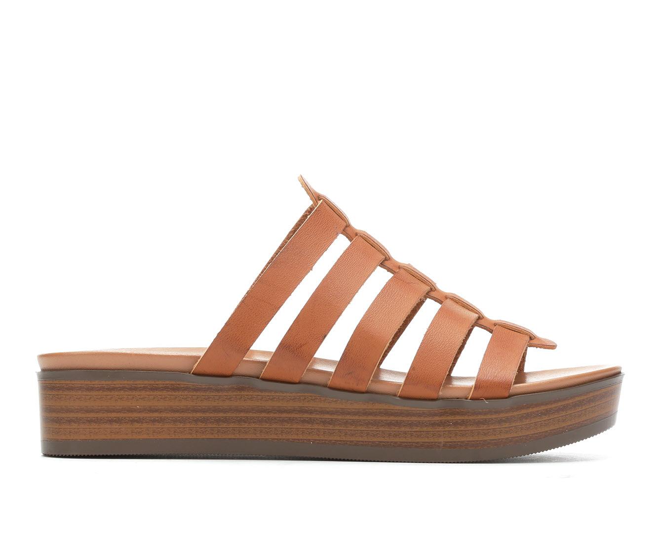 Unr8ed Intern Women's Sandal (Beige Faux Leather)