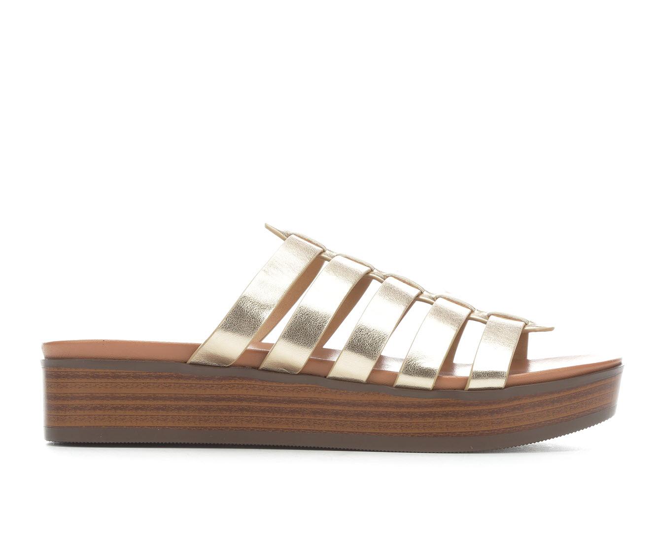 Unr8ed Intern Women's Sandal (Gold Faux Leather)