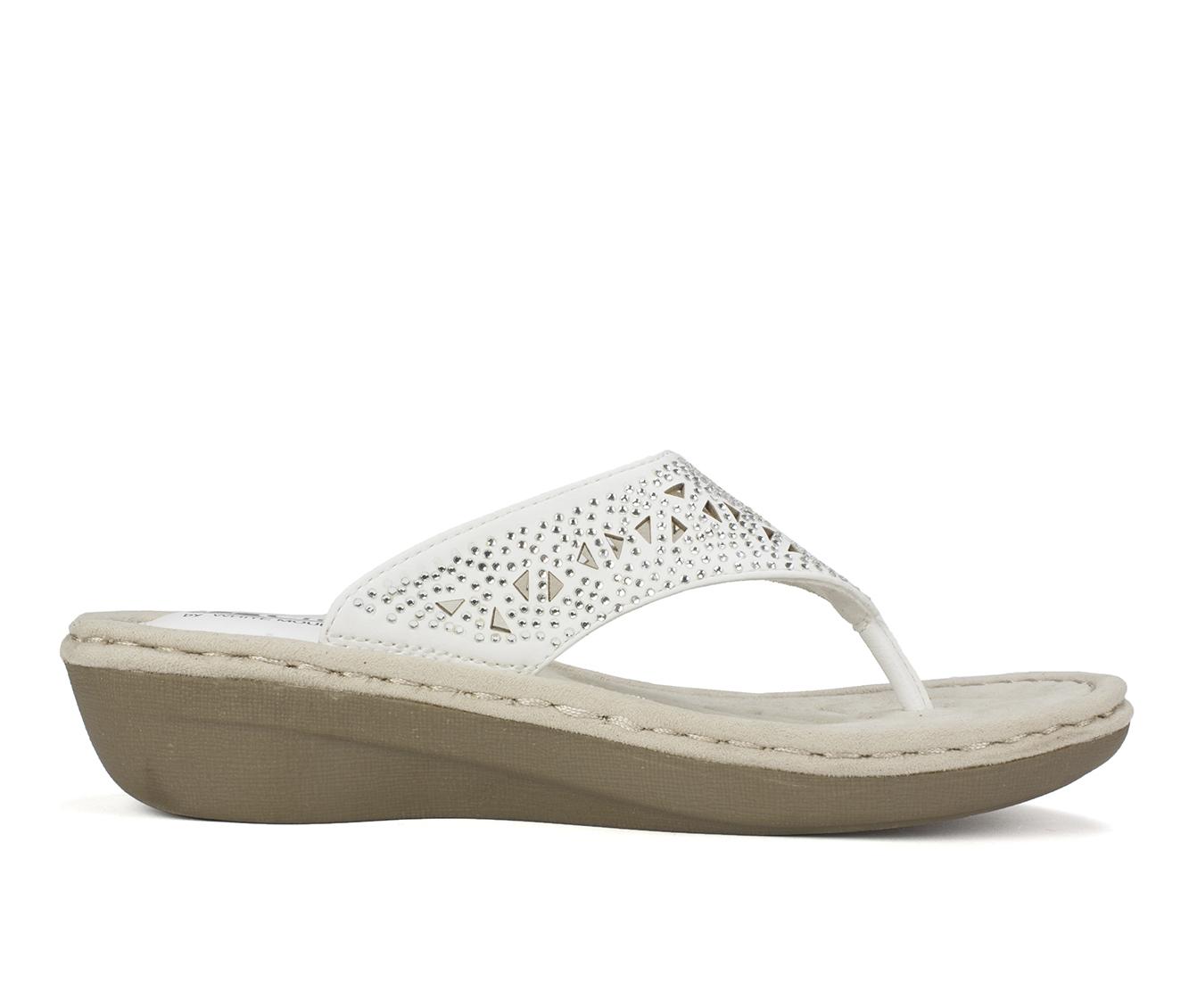 Cliffs Carlotta Women's Sandal (White Faux Leather)