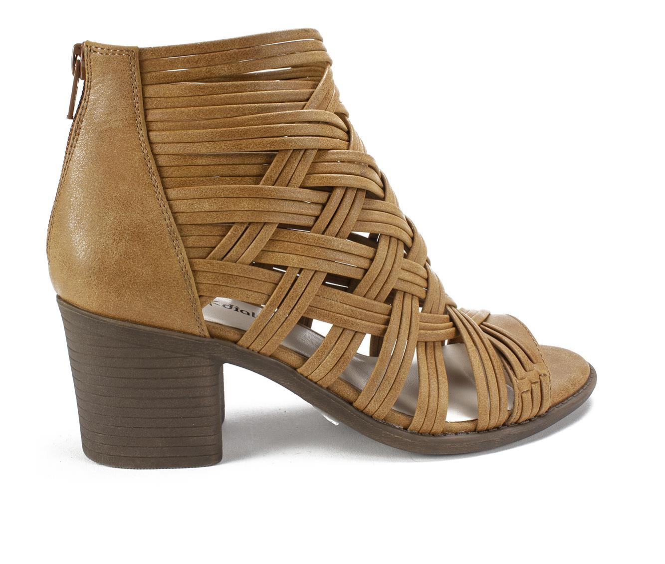 Seven Dials Brixton Women's Dress Shoe (Beige Faux Leather)