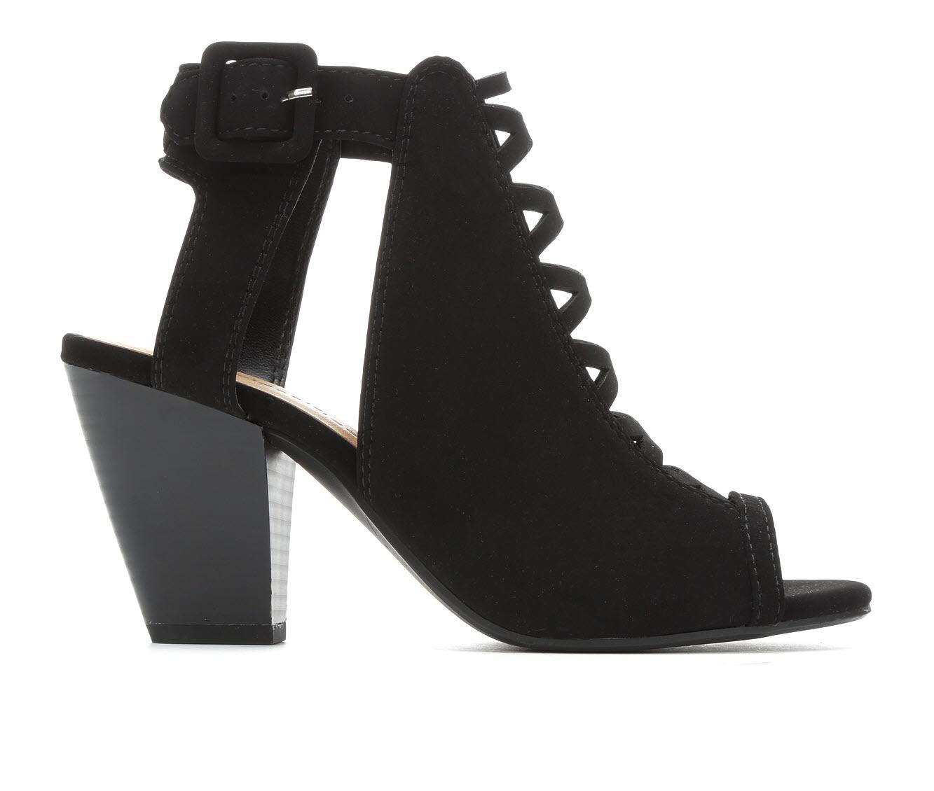 City Classified Taking Women's Dress Shoe (Black Faux Leather)