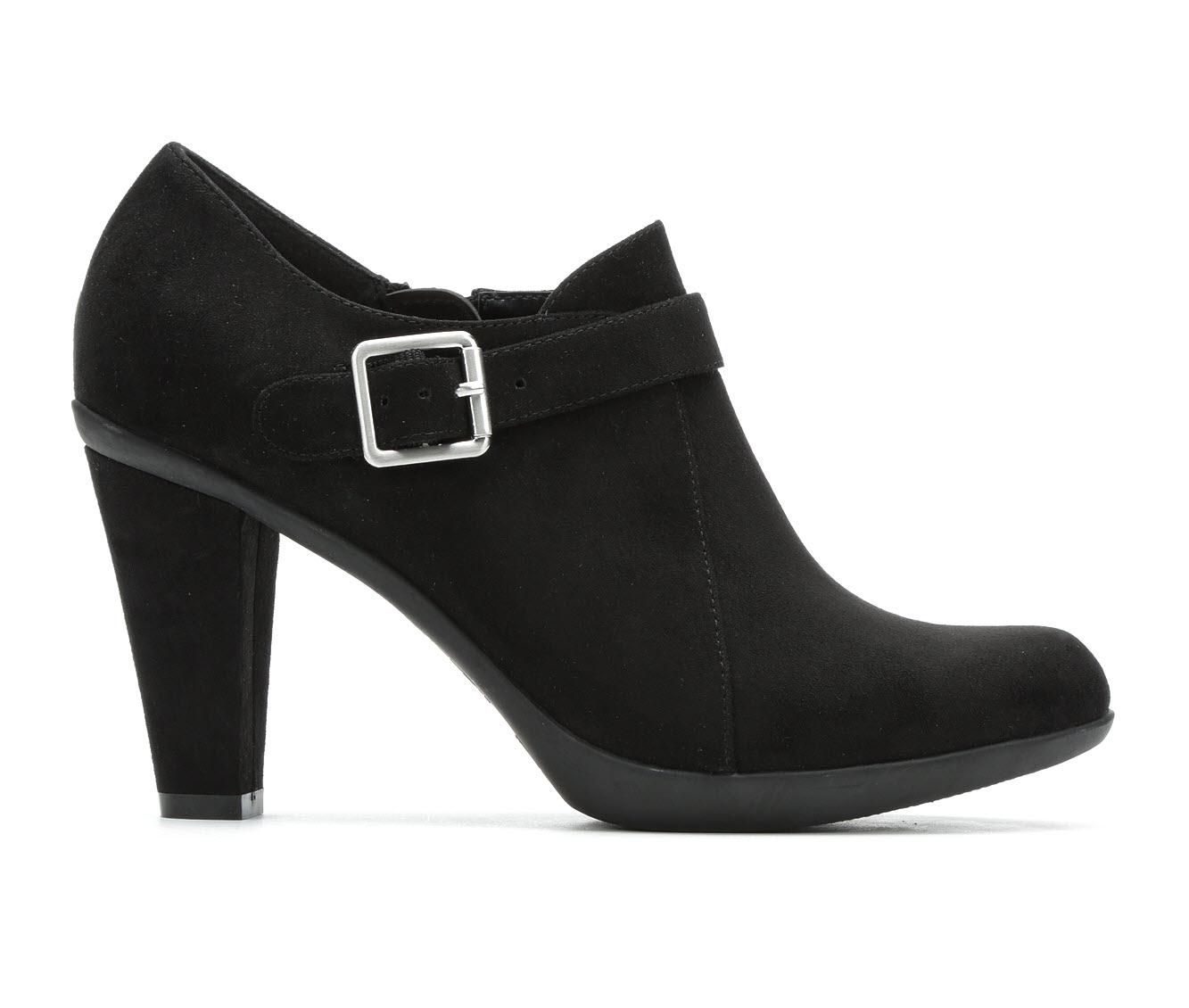 Solanz Maddox Women's Dress Shoe (Black Canvas)