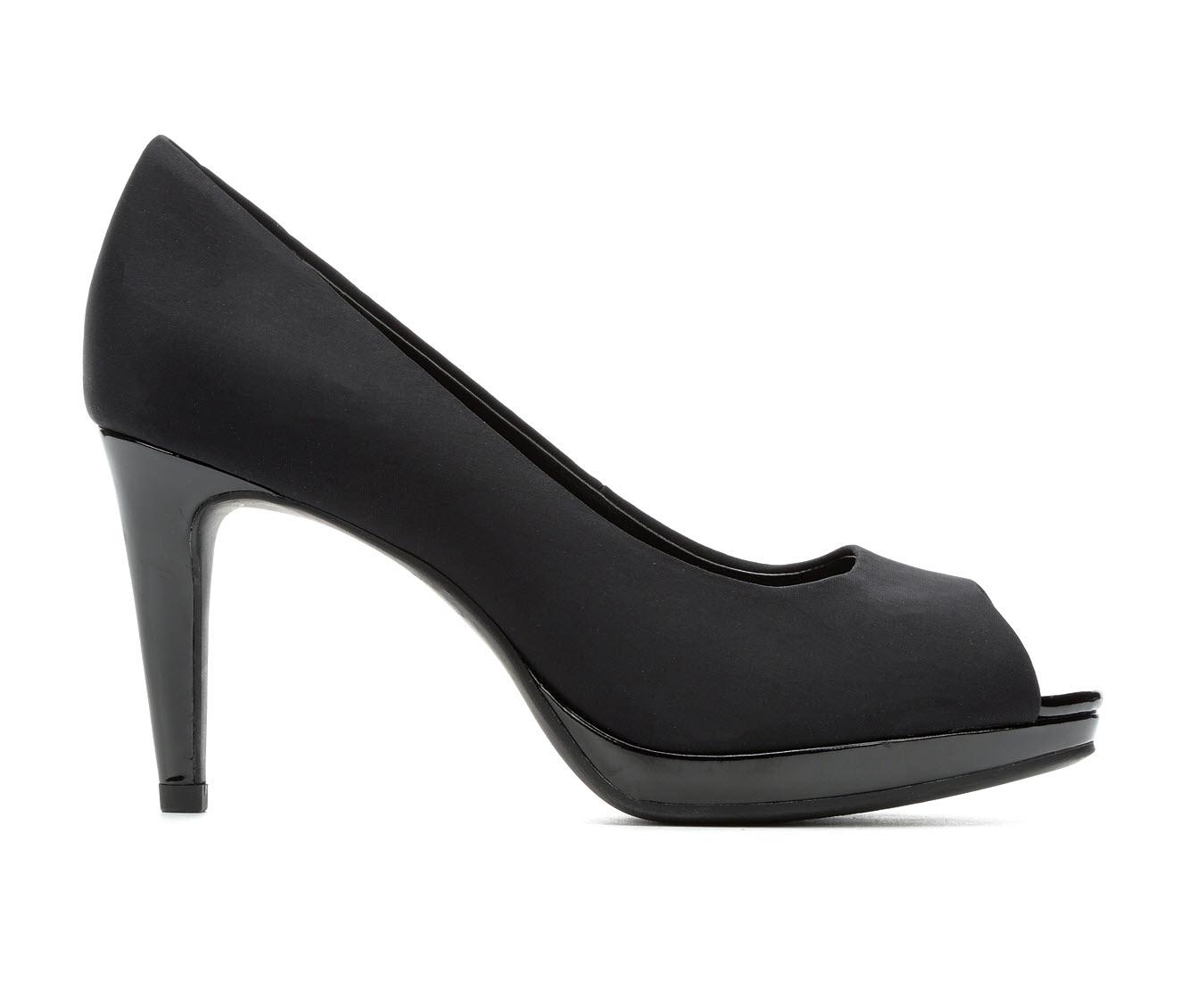 Bandolino Baccanti Women's Dress Shoe (Black Canvas)