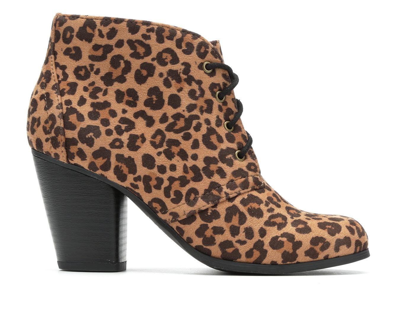 Y-Not Oana Women's Dress Shoe (Beige Canvas)