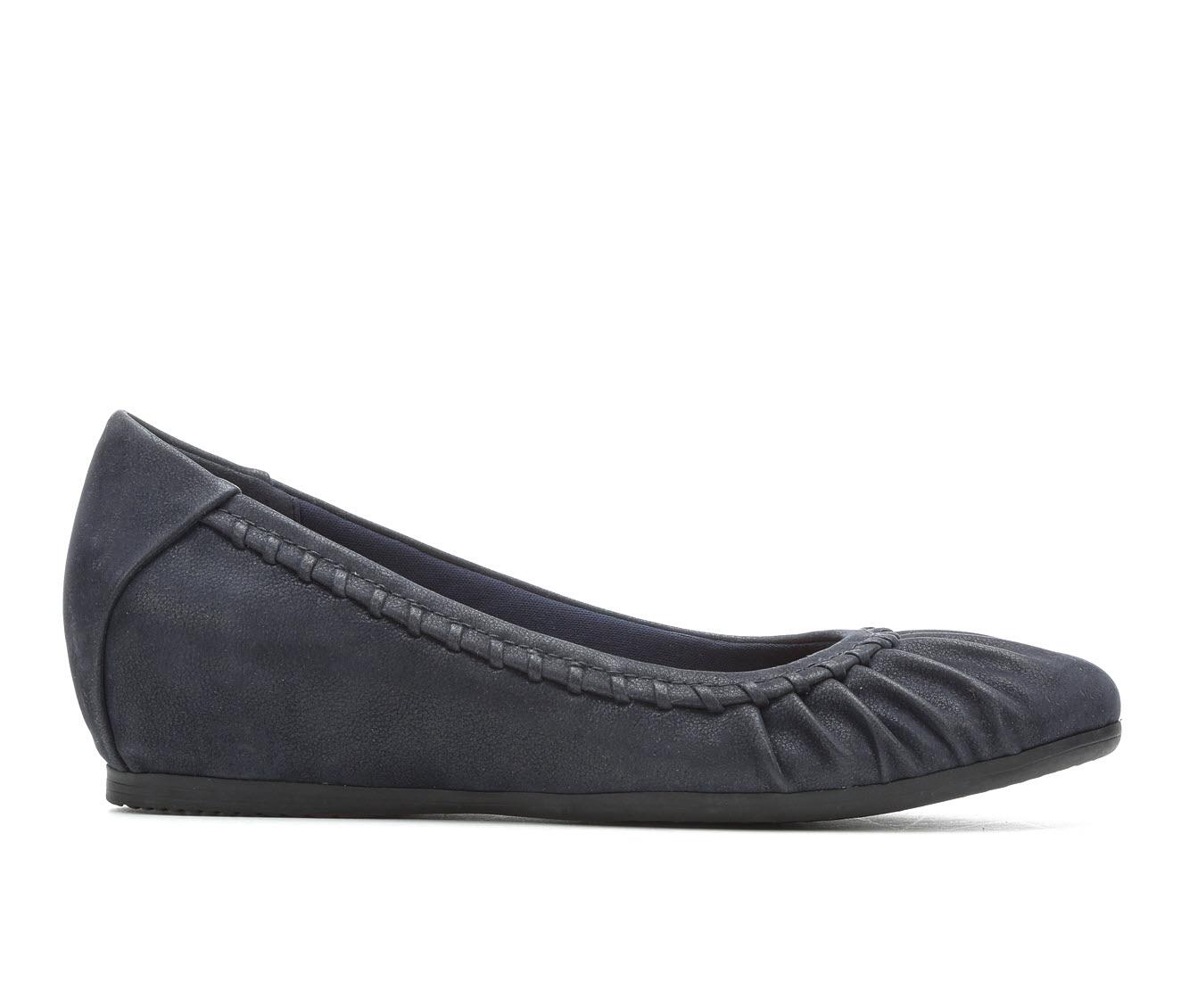 Baretraps Norma Women's Shoe (Blue Faux Leather)