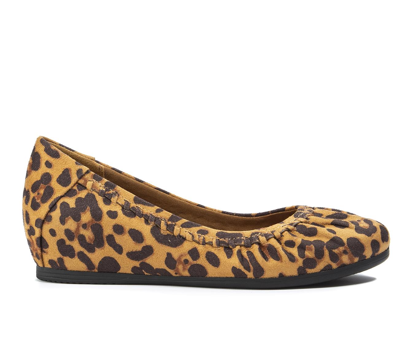 Baretraps Norma Women's Shoe (Multi-color Canvas)
