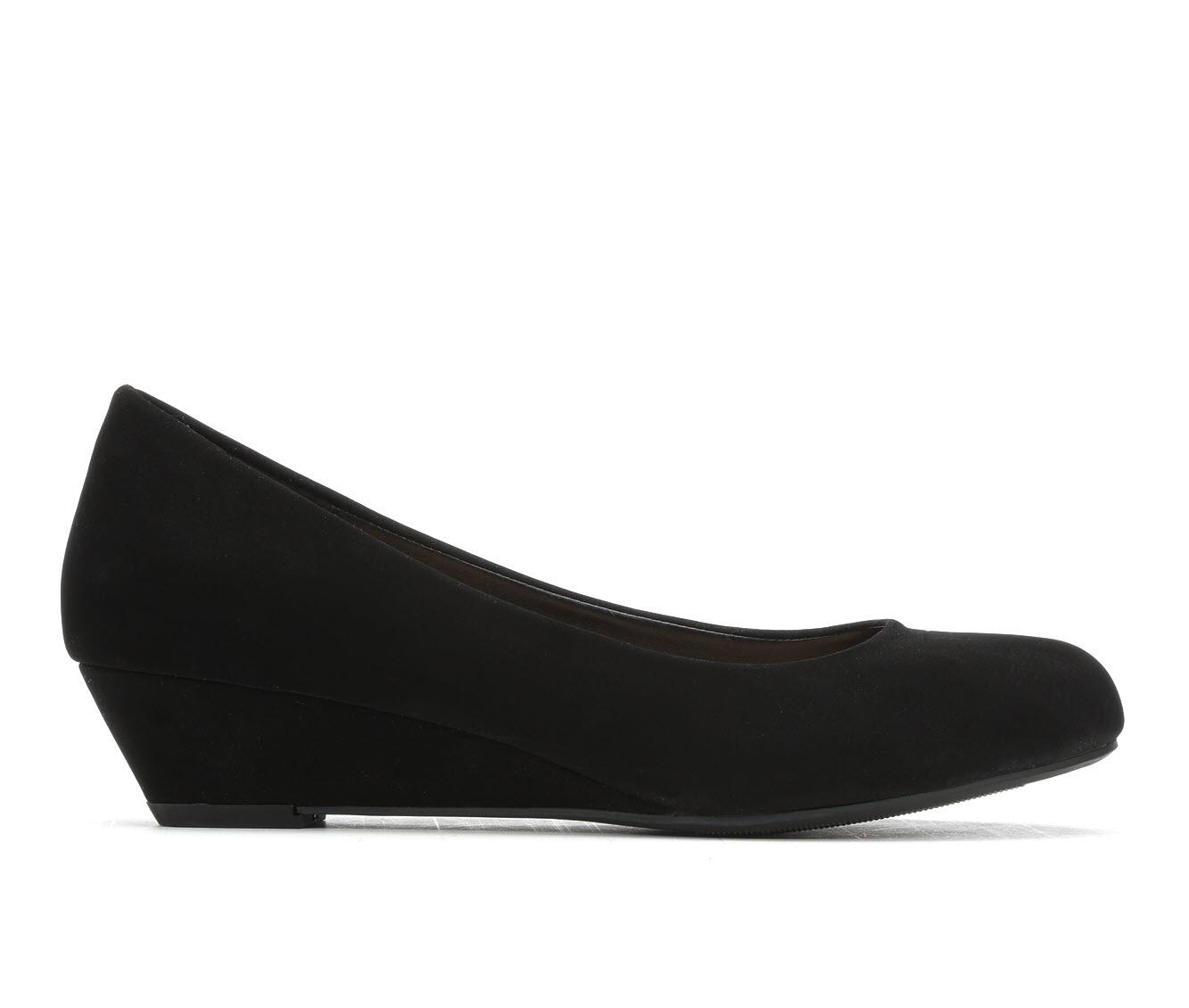 City Classified Corey-S Women's Dress Shoe (Black Faux Leather)