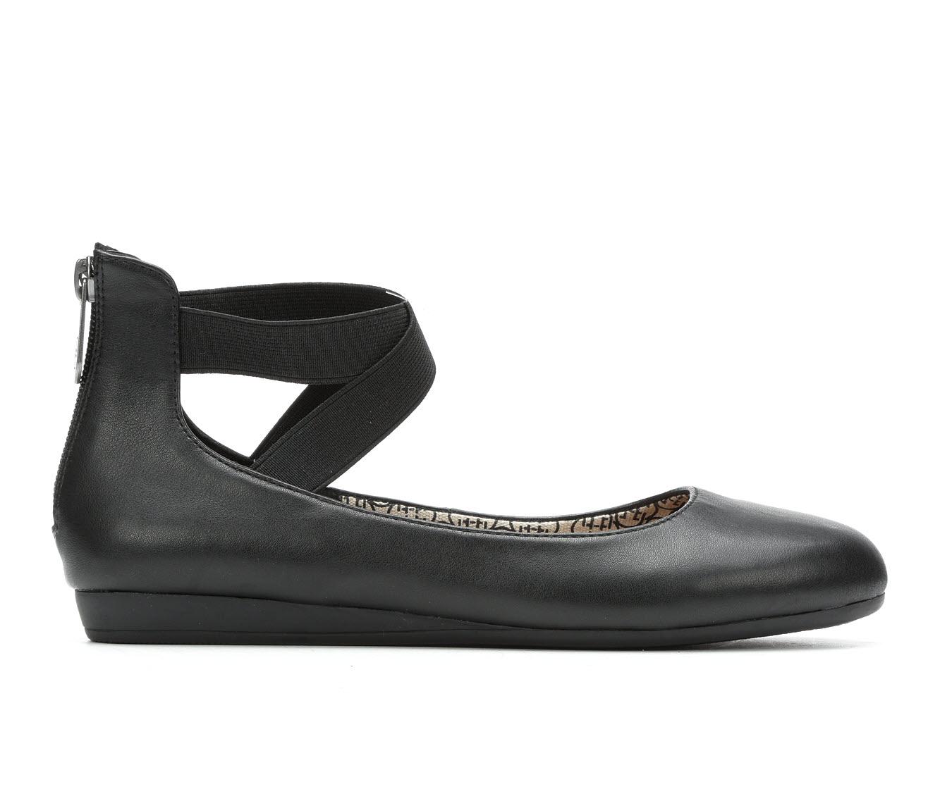Daisy Fuentes Russo Women's Shoe (Black Canvas)