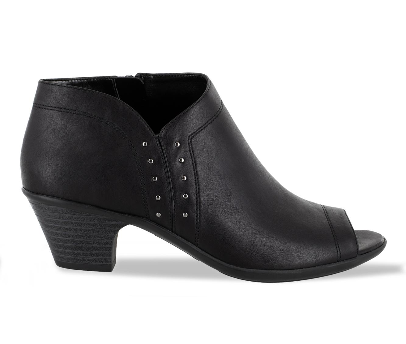 Easy Street Voyage Women's Shoe (Black Faux Leather)