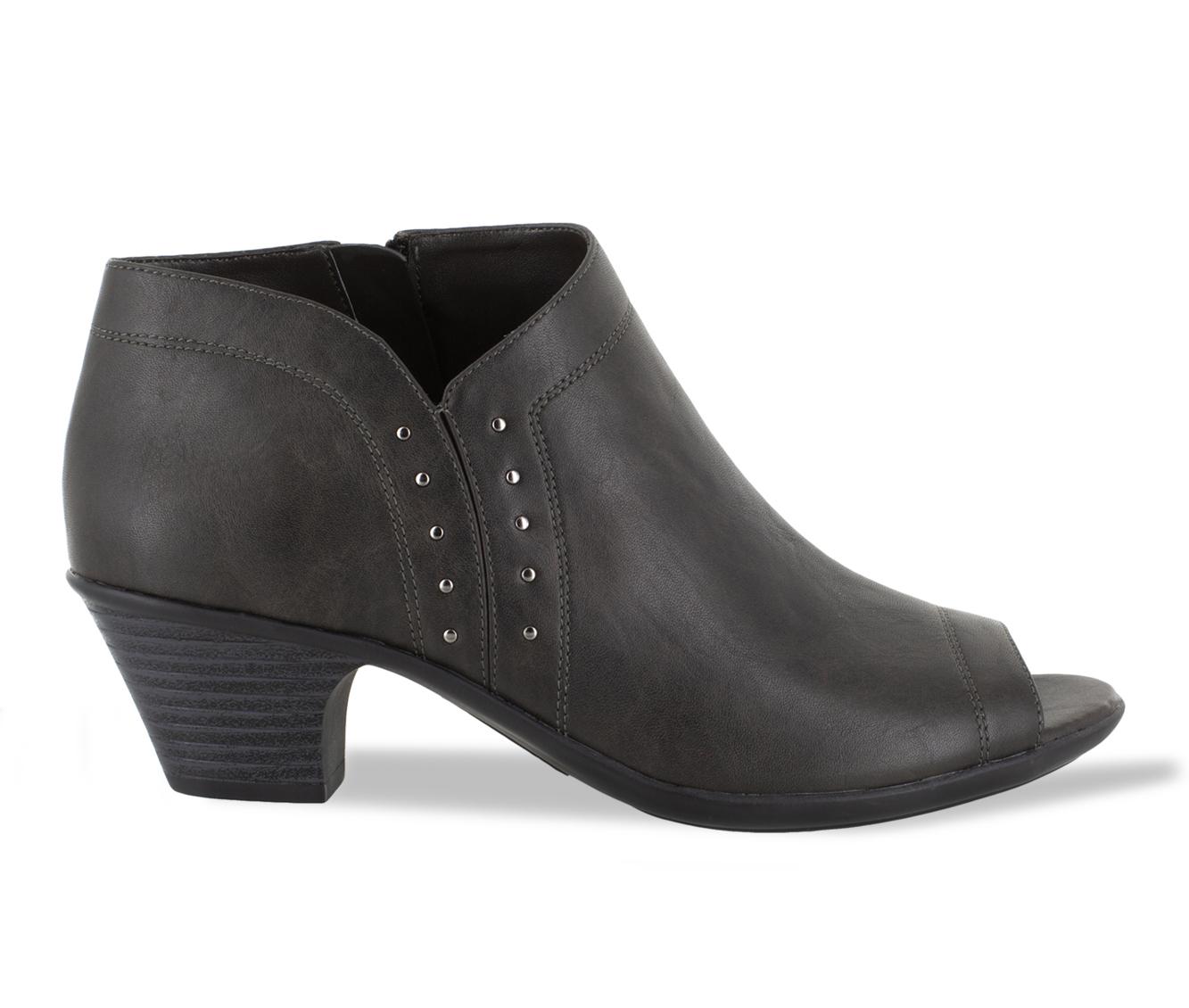 Easy Street Voyage Women's Shoe (Gray Faux Leather)