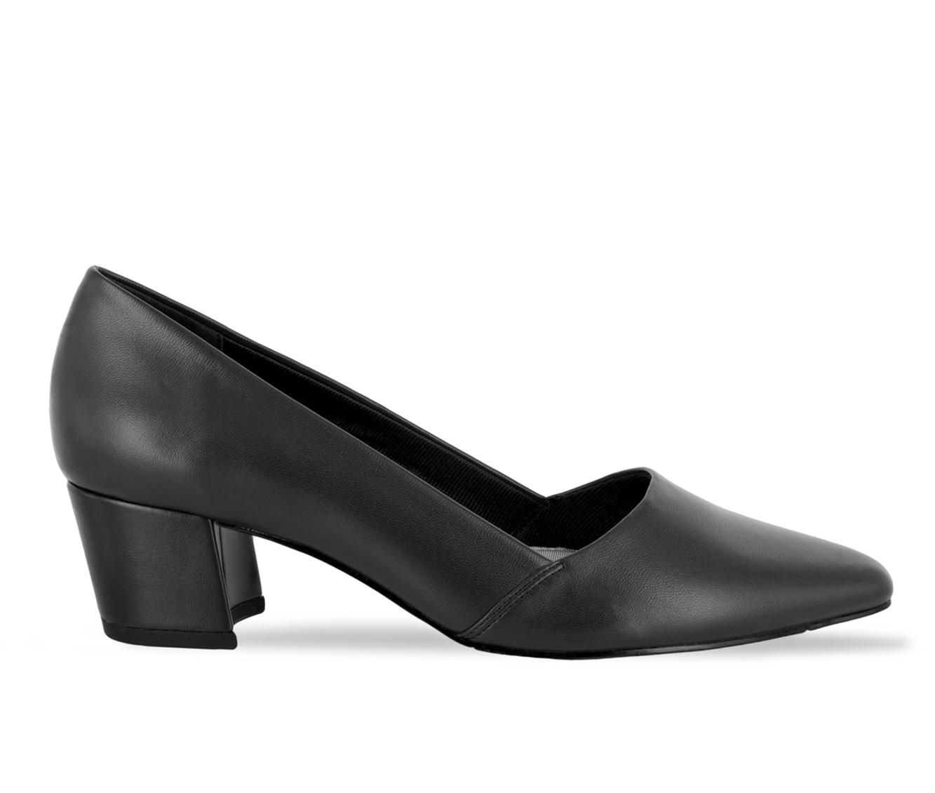 Easy Street Temple Women's Dress Shoe (Black Faux Leather)