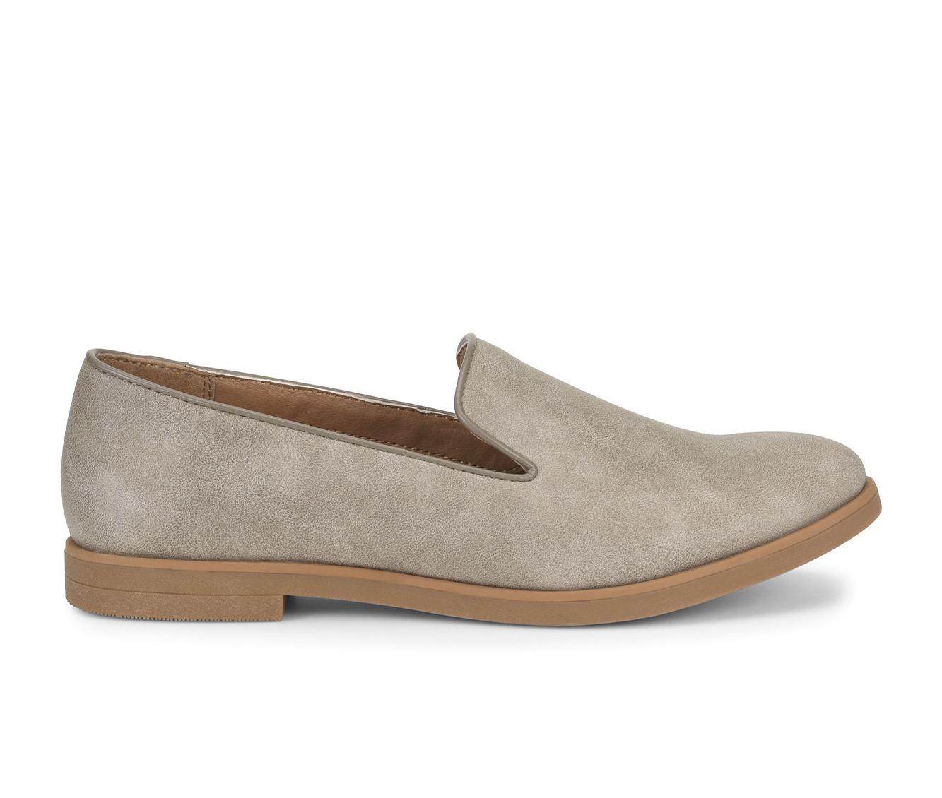 EuroSoft Vannah Women's Shoe (Gray Faux Leather)