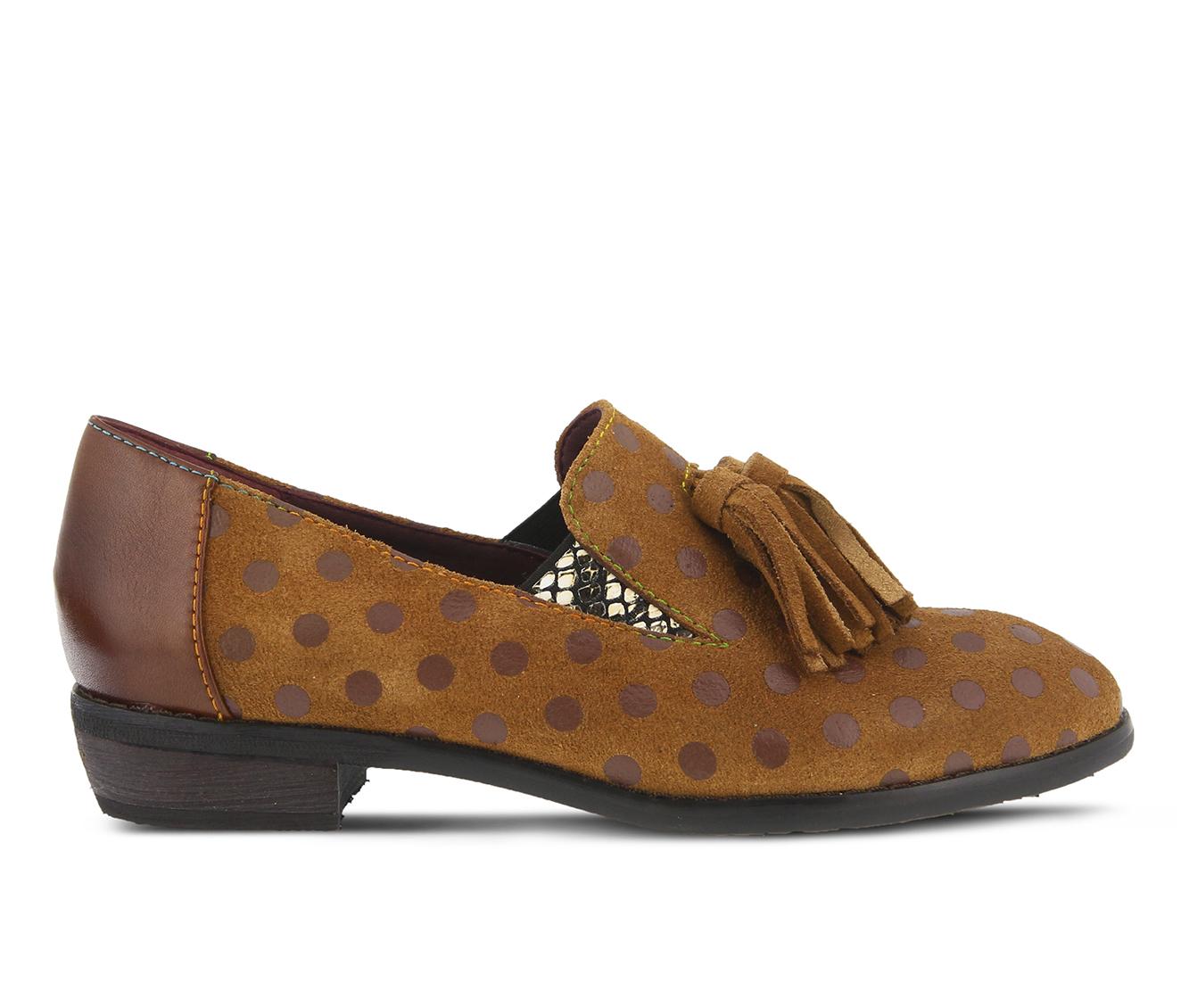 L'Artiste Klasik Women's Shoe (Brown Suede)