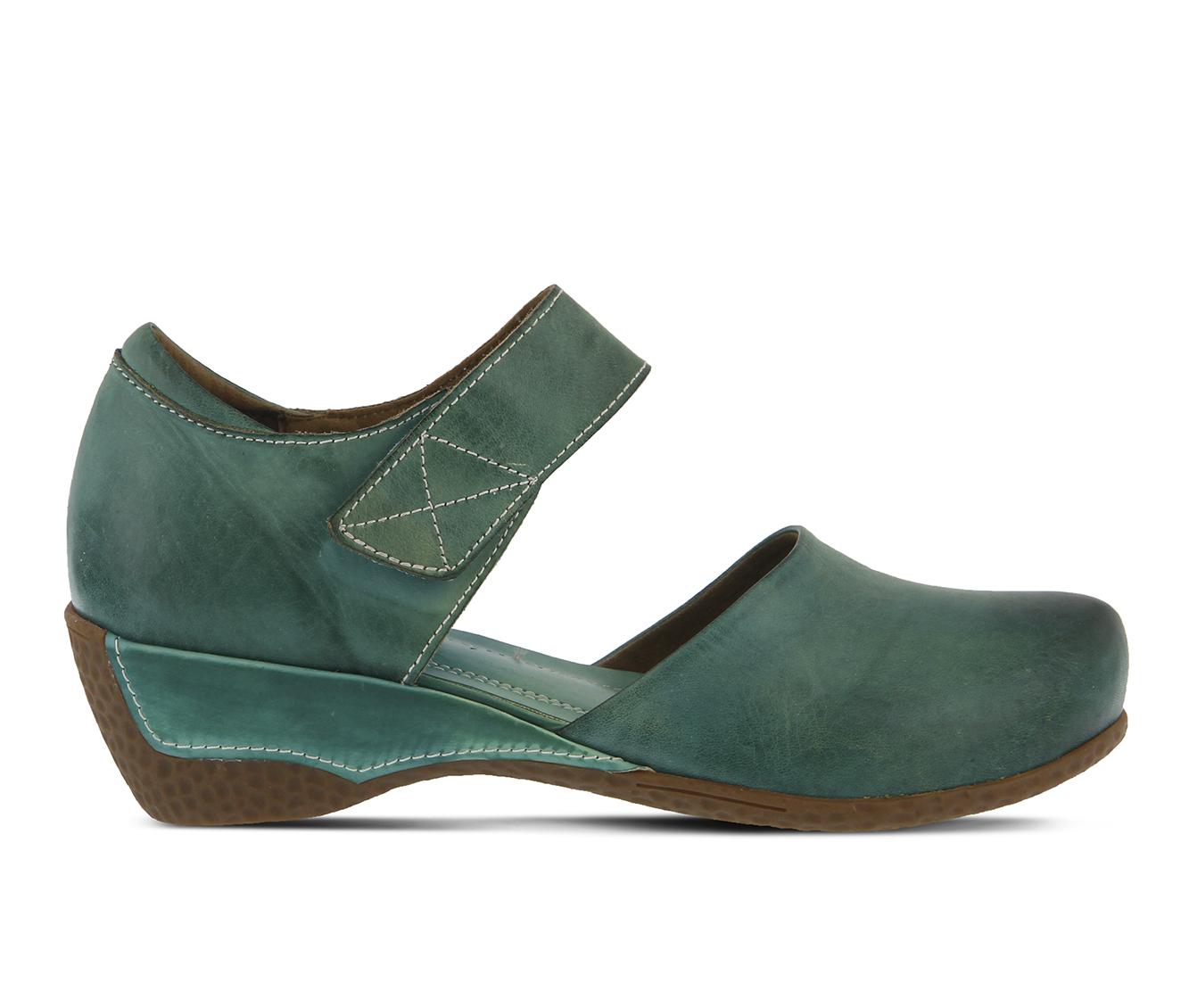 L'Artiste Gloss Women's Shoe (Blue Leather)