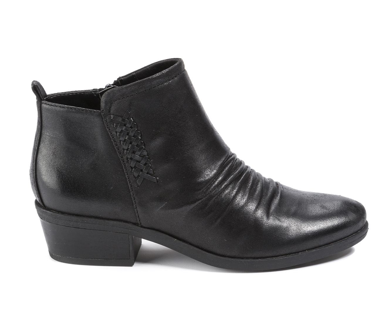 Baretraps Grafton Women's Boot (Black Canvas)