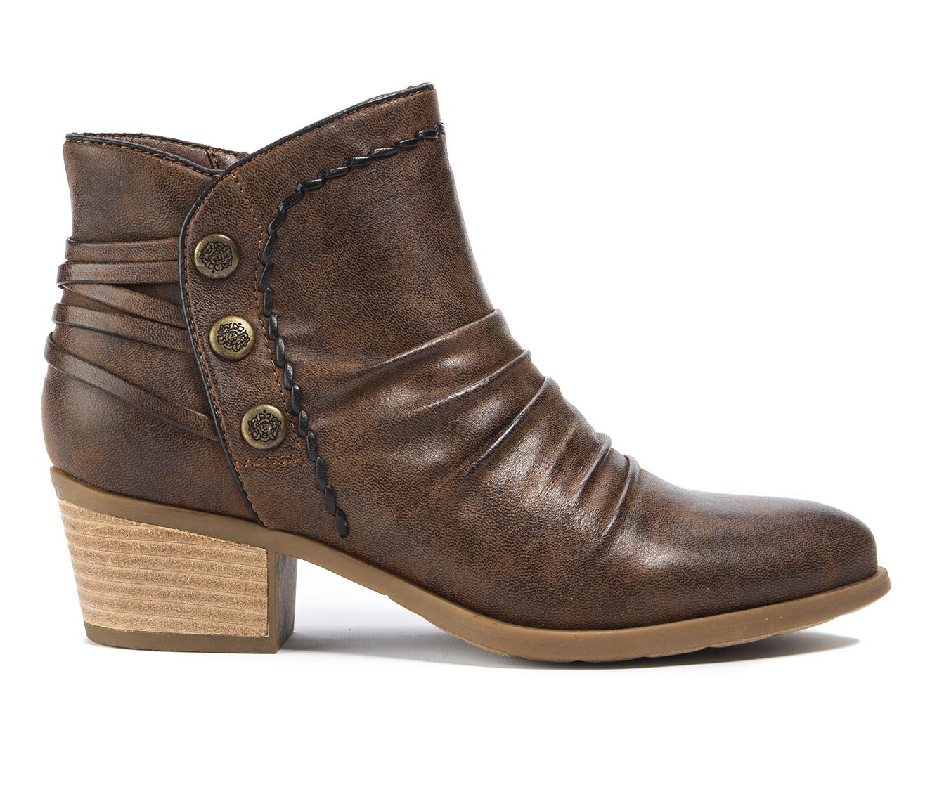 Baretraps Bethany Women's Boot (Brown Canvas)