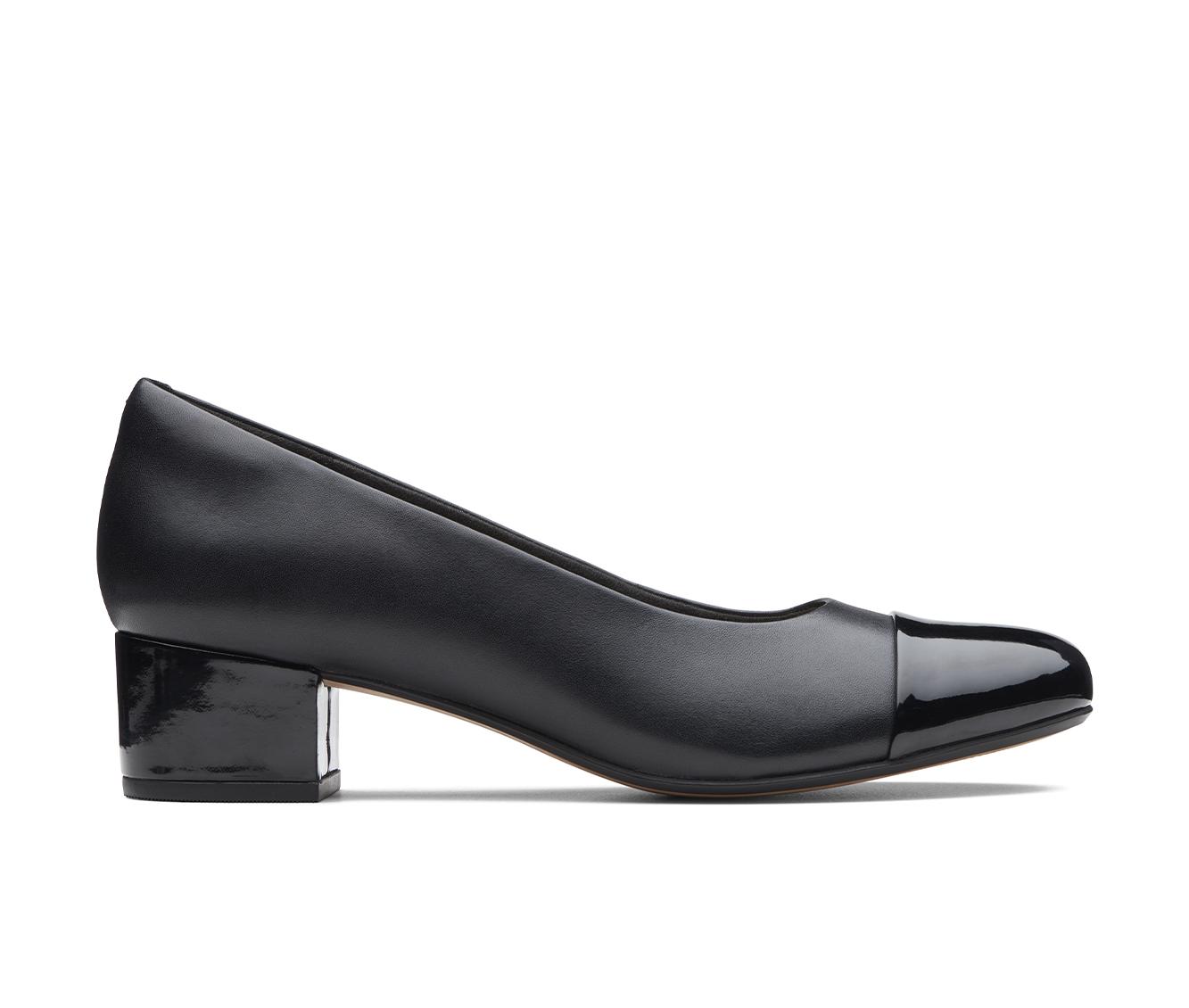 Clarks Chartli Diva Women's Dress Shoe (Black Leather)