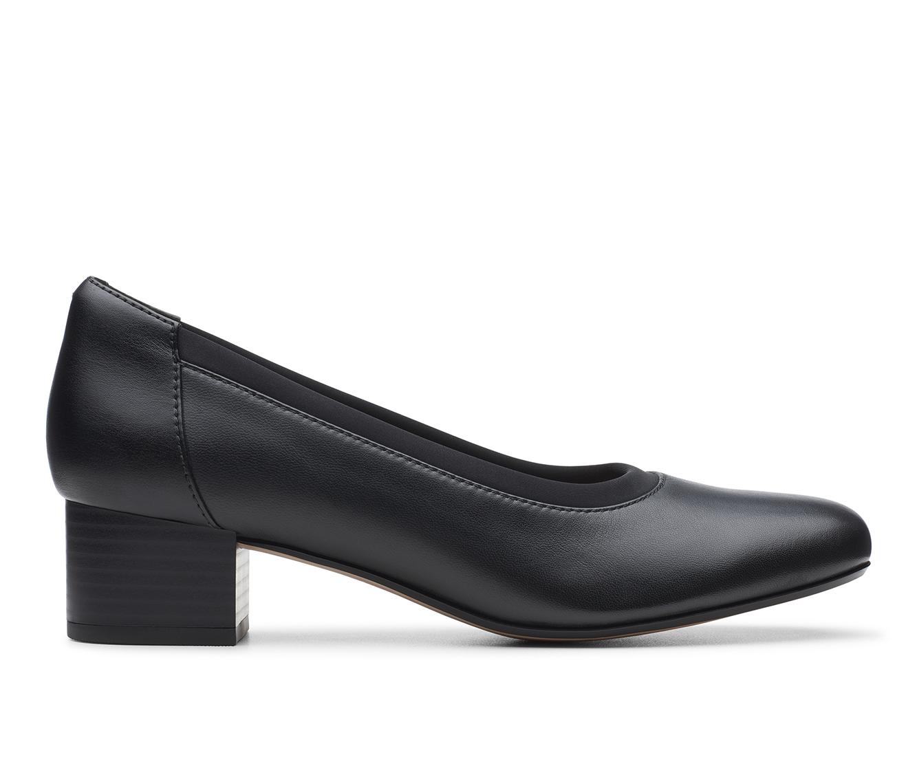 Clarks Chartli Fame Women's Dress Shoe (Black Leather)