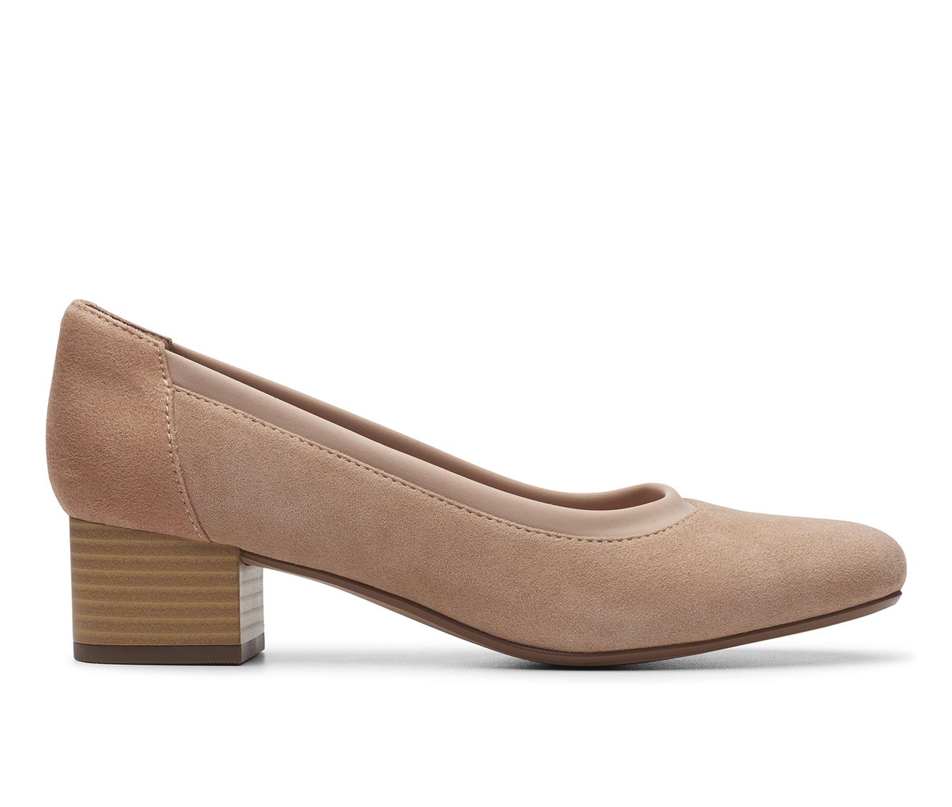 Clarks Chartli Fame Women's Dress Shoe (Brown Leather)