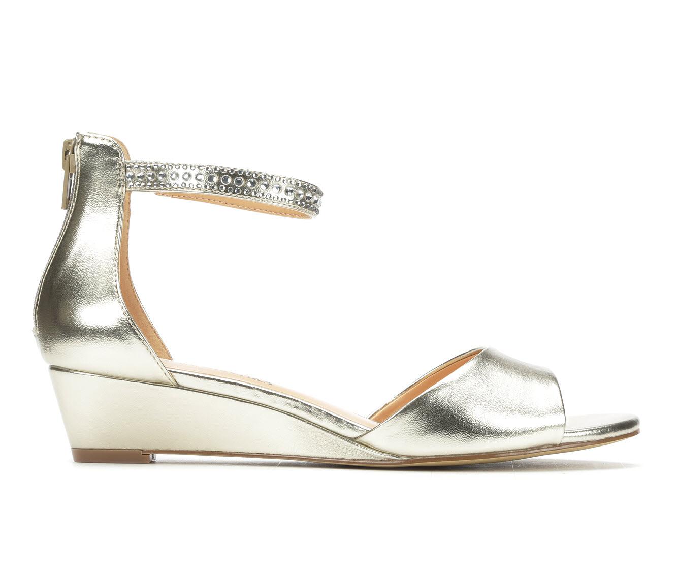 American Glamour BadgleyM Xena Women's Dress Shoe (Gold Faux Leather)