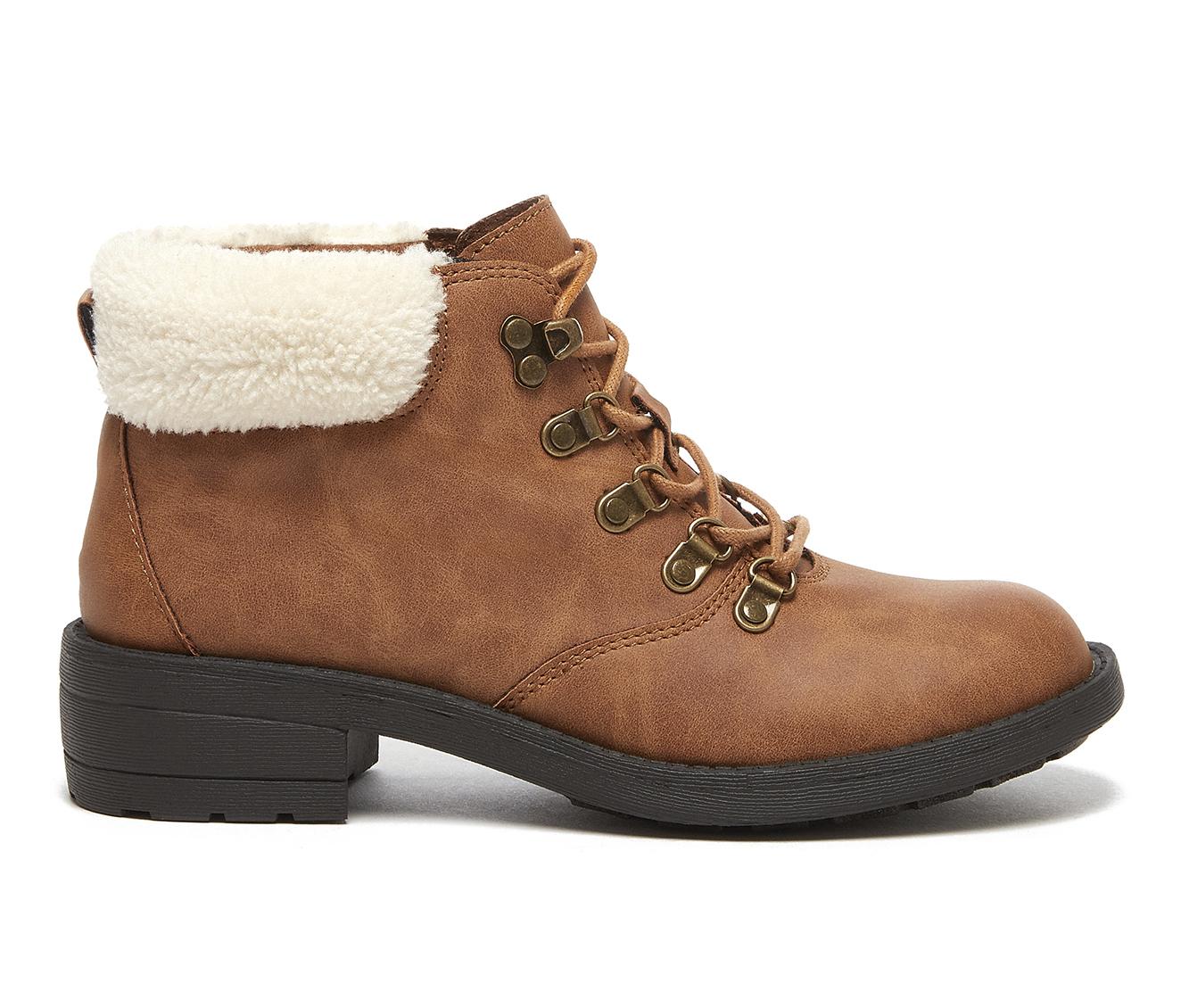 Rocket Dog Train Women's Boot (Beige Faux Leather)