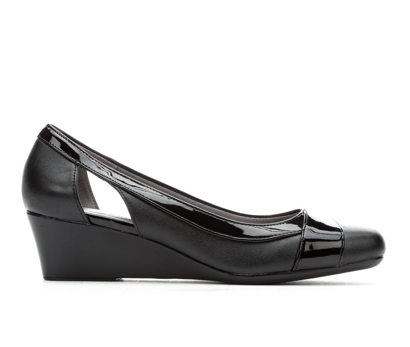 LifeStride Grandeur Women's Dress Shoe (Black PATENT Faux Leather)