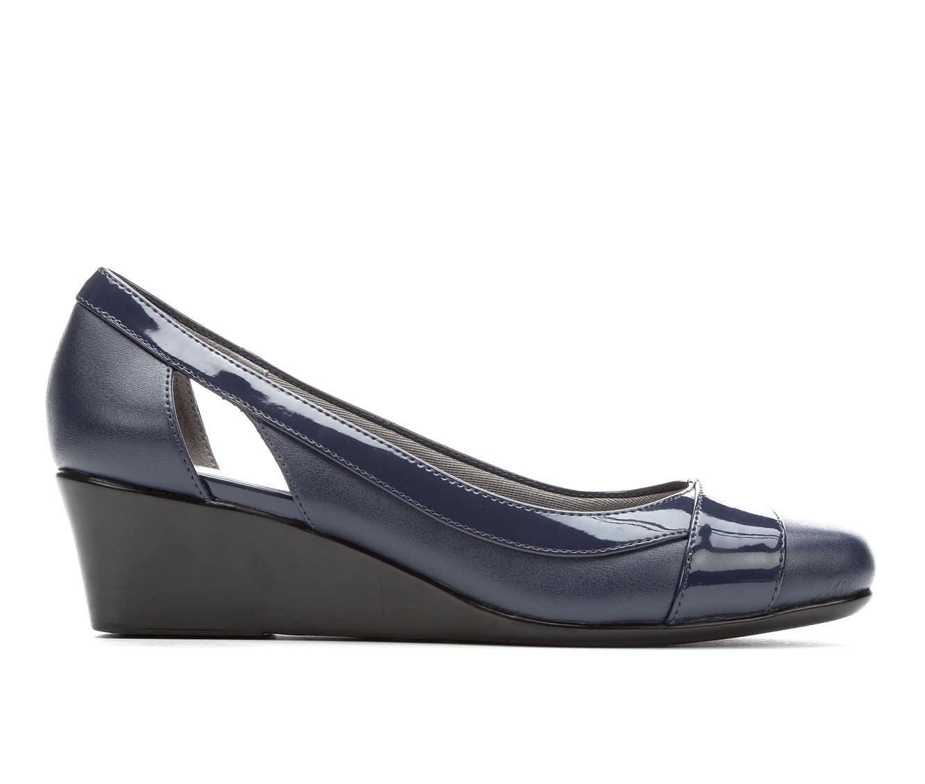 LifeStride Grandeur Women's Dress Shoe (Blue PATENT Faux Leather)