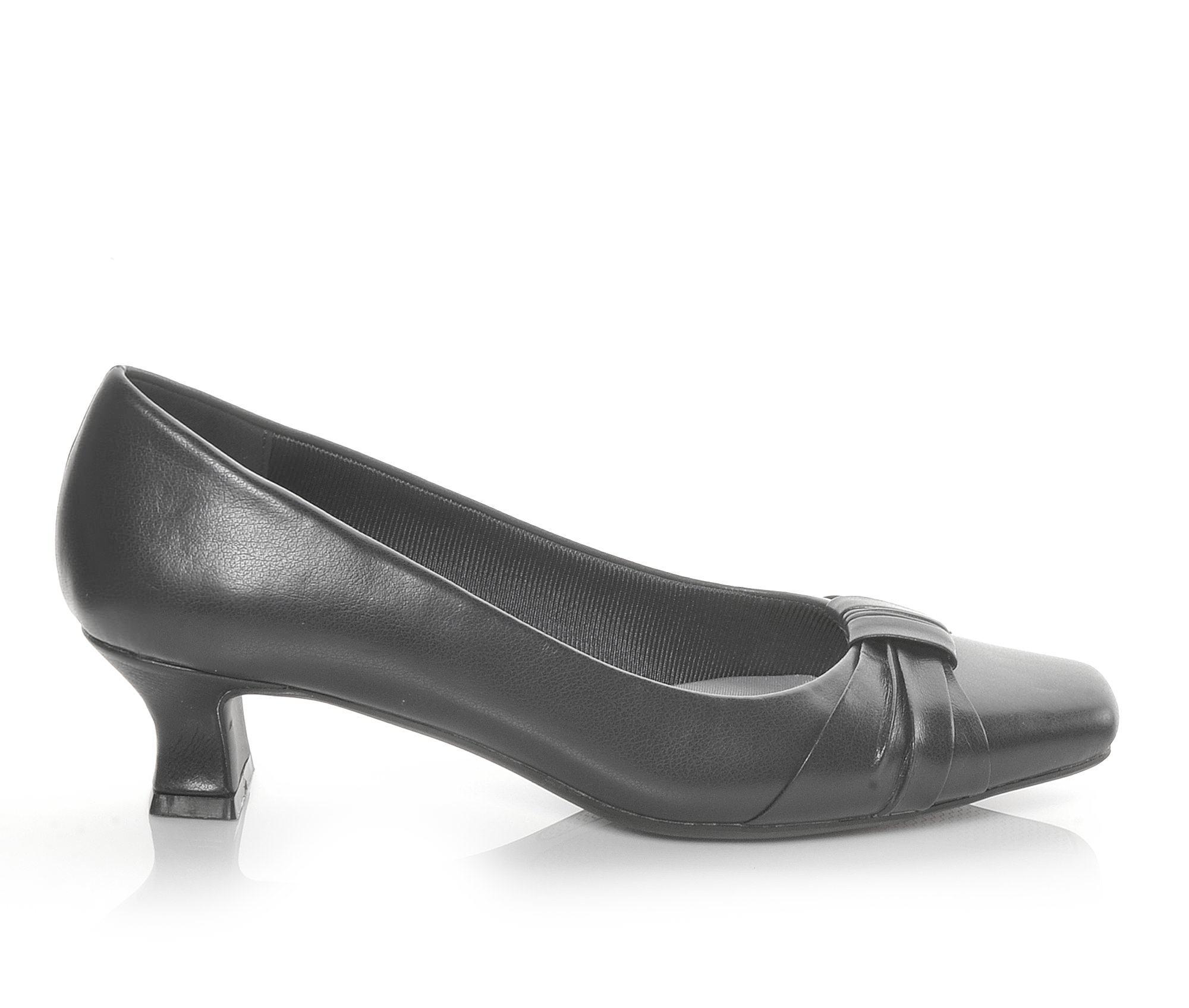 Easy Street Waive Women's Dress Shoe (Black Faux Leather)