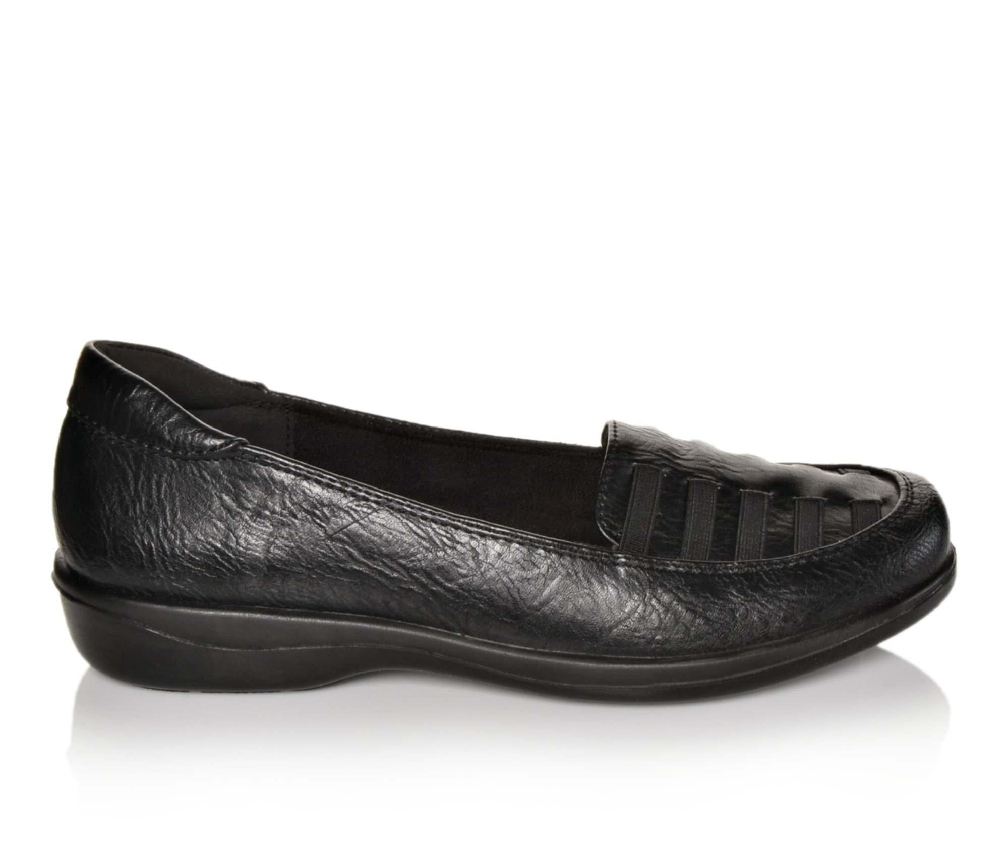 Easy Street Genesis Women's Shoe (Black Faux Leather)