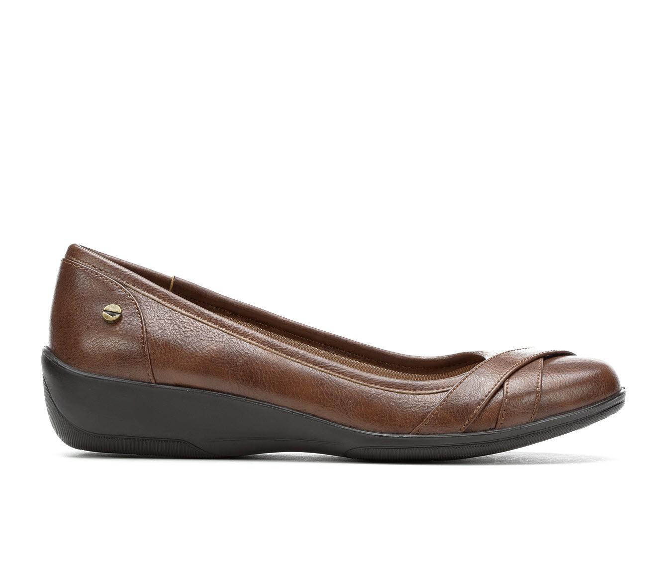 LifeStride Iloyal Women's Shoe (Brown Faux Leather)