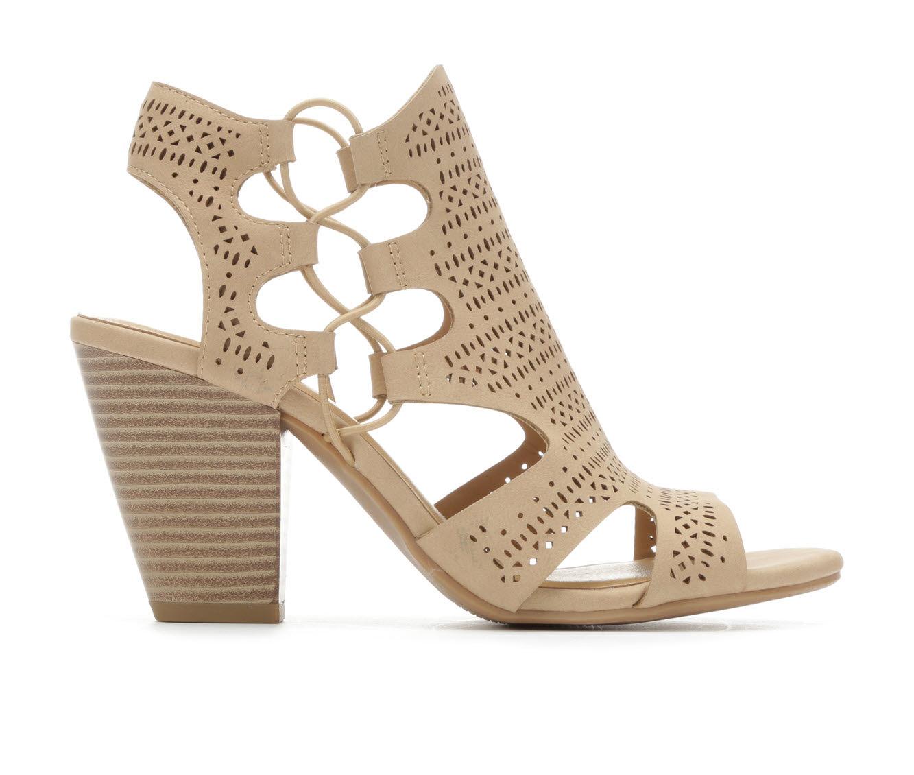 Y-Not Zuka Women's Dress Shoe (Beige Faux Leather)