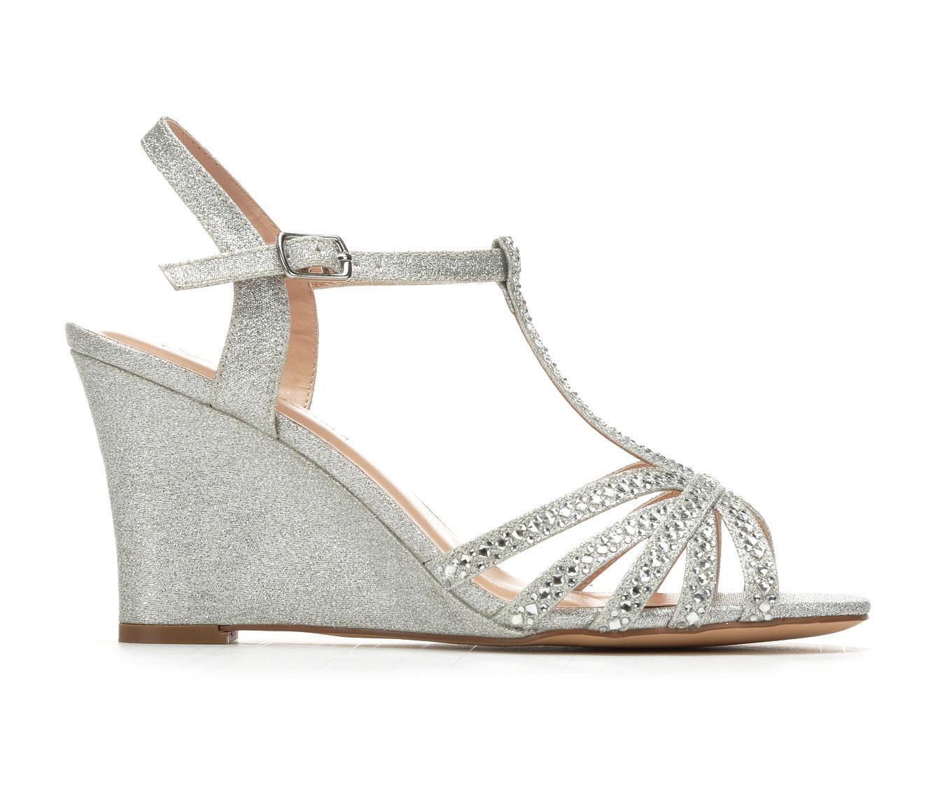 LLorraine Lanie Women's Dress Shoe (Silver Canvas)