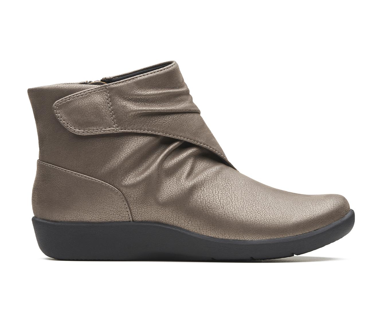 Clarks Sillian Tana Women's Boot (Silver Canvas)