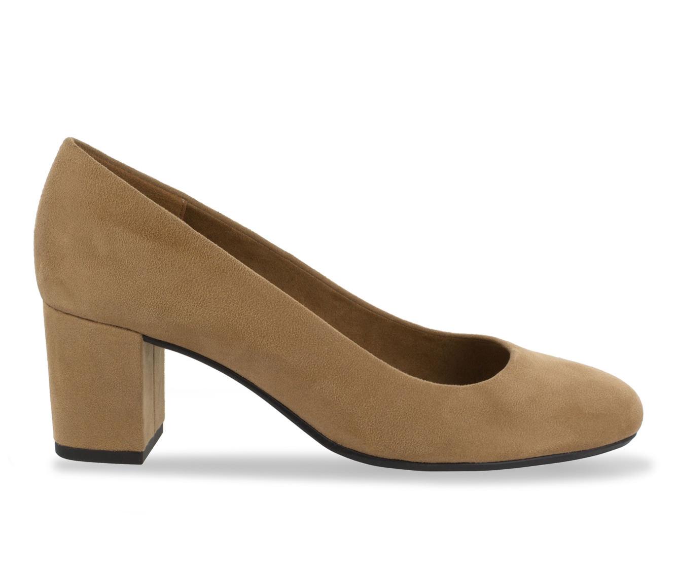 Easy Street Proper Women's Dress Shoe (Beige Canvas)