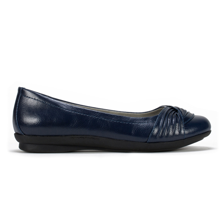 Cliffs Hilt Women's Shoe (Blue Faux Leather)