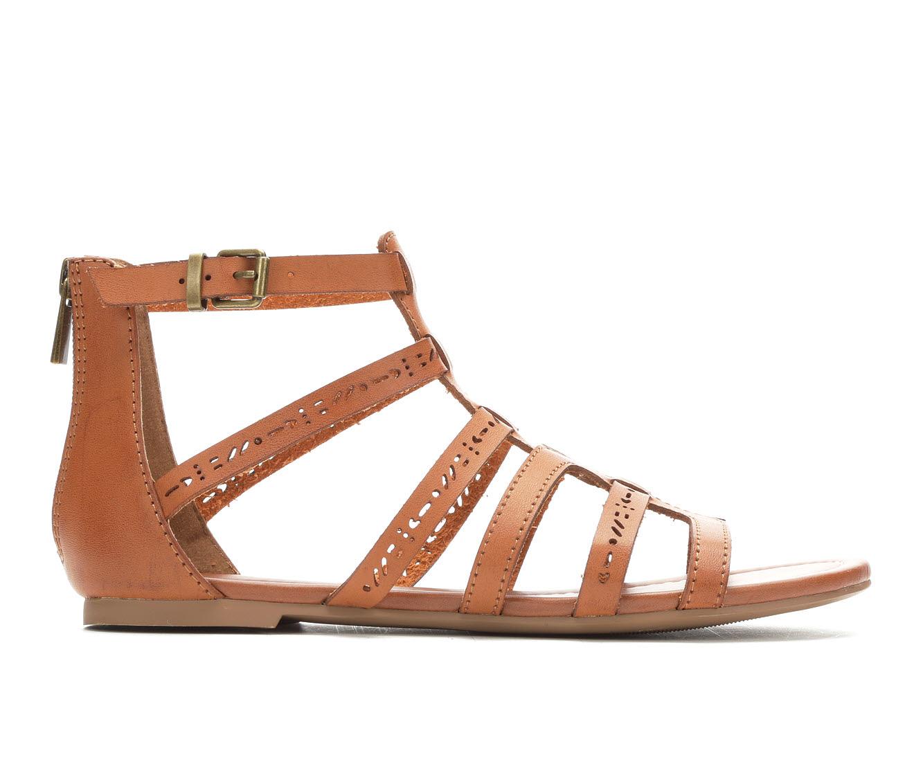 Unr8ed Scarlet Women's Sandal (Beige Faux Leather)