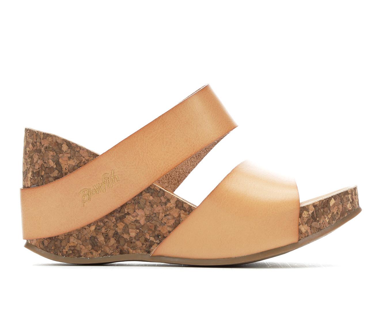 Blowfish Malibu Henn Women's Dress Shoe (Beige Faux Leather)