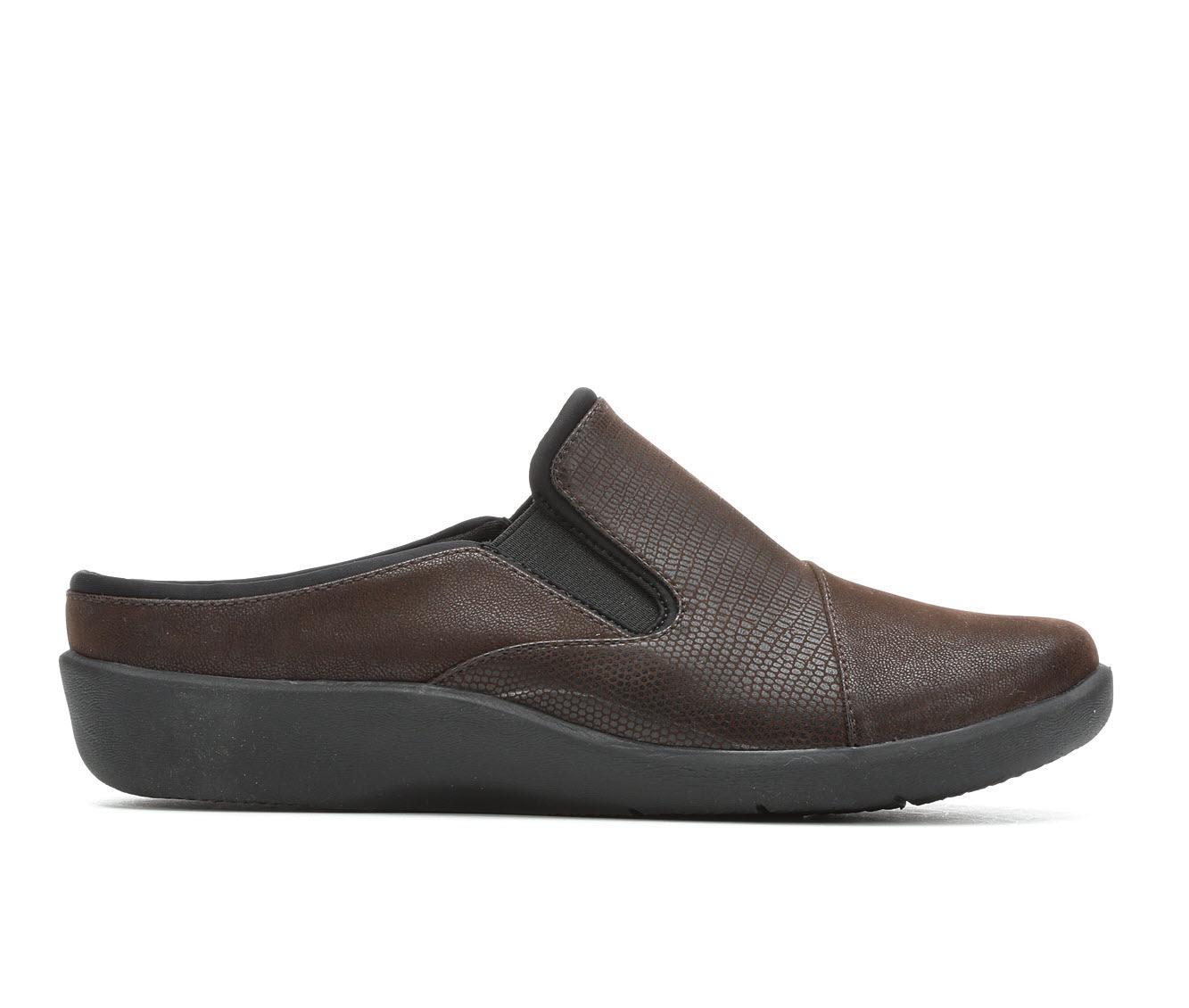 Clarks Sillian Free Women's Shoe (Brown Canvas)