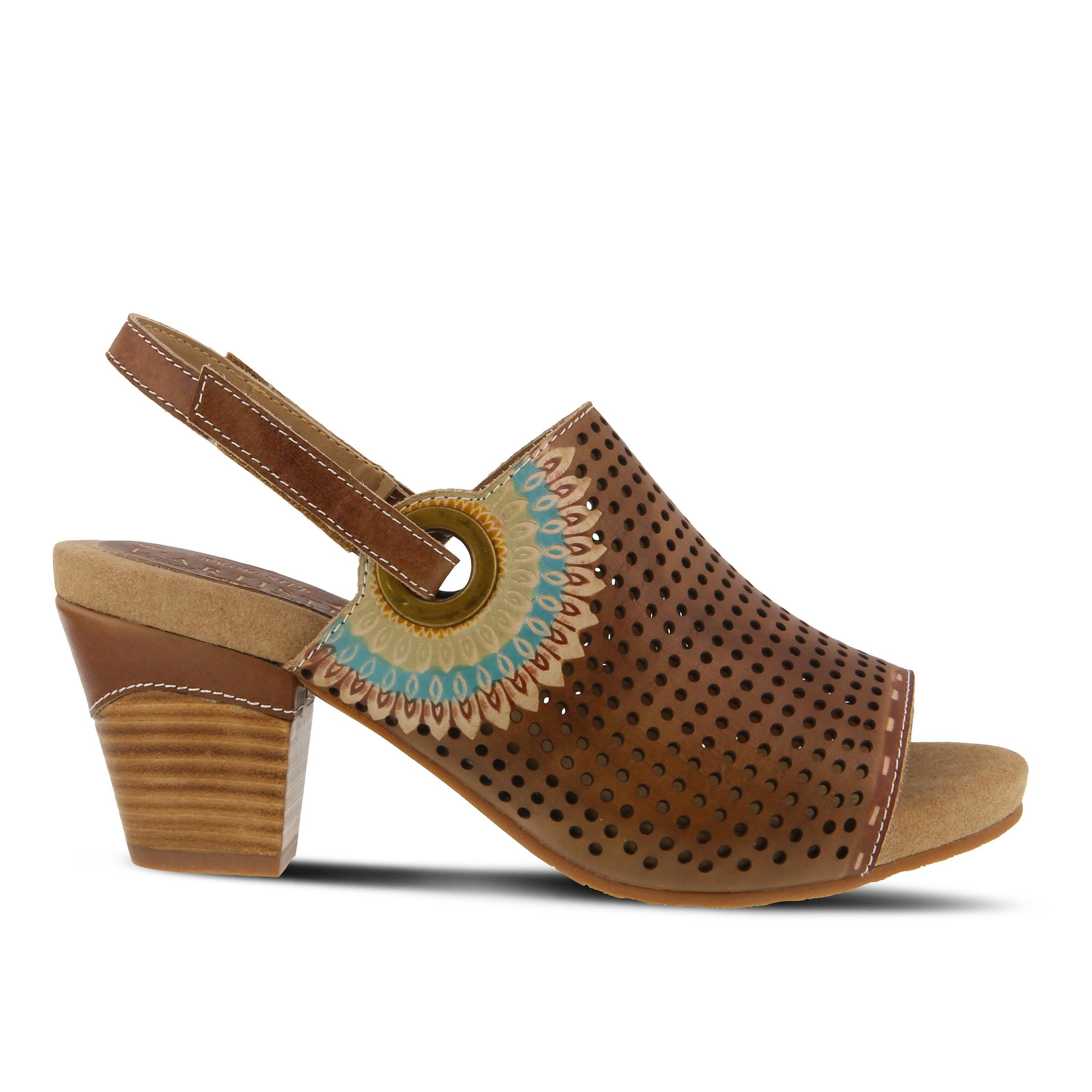 L'Artiste Millie Women's Dress Shoe (Beige Leather)