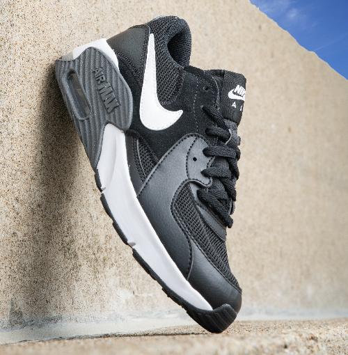cheap black nike shoes
